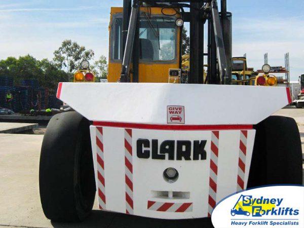 CLARK C500 Y650D